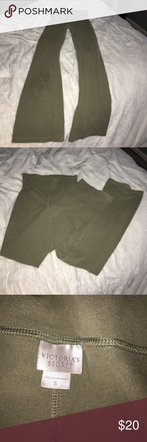Victoria's Secret yoga pants Victoria's Secret fold over yoga pants in great condition! Victoria's Secret Pants Leggings