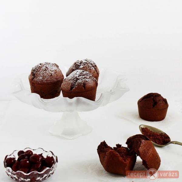 Rumos-meggyes muffin