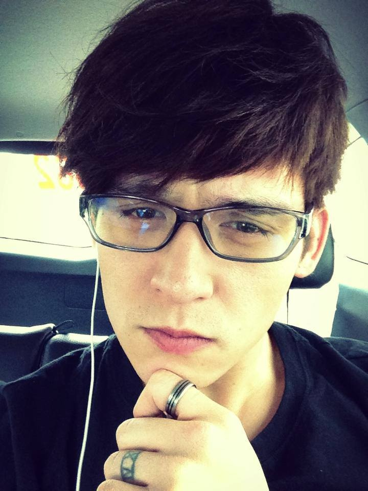 Anthony Neely! Looks like present day Jem Carstairs hihi