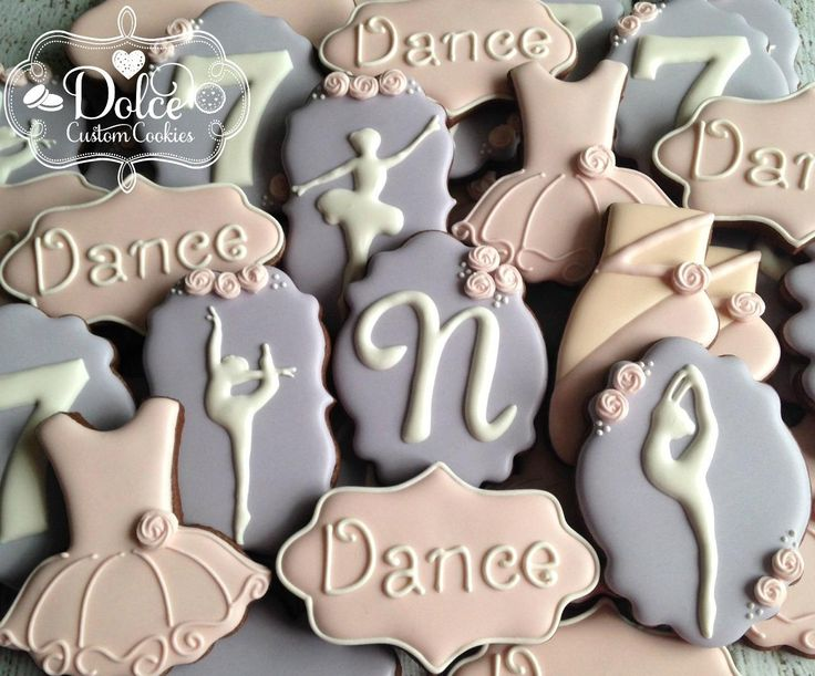 Dolce - Cookies for my own sweet little dancer who is celebrating...