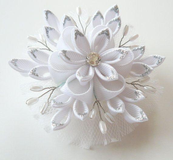 Christmas Snowflake Kanzashi fabric flower hair clip. by JuLVa