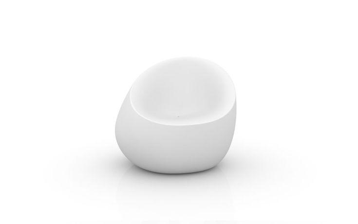 Stones Poltrona Sessel -  Möbel / Gartenmöbel / Stuhl -  Der Natur nachempfunden ist die Stones Kollektion von Vondom ein wahrhaft naturfreundliches Produkt. So ist der thermoplastische Kunststoff, aus dem der Vondom Stones Sessel hergestellt ist, zu 100 % recyclebar.Der Stones Gartensessel ist in folgenden matten Farben verfügbar: weiß, schwarz, anthrazit, stahl, navy, pflaume, beige,...