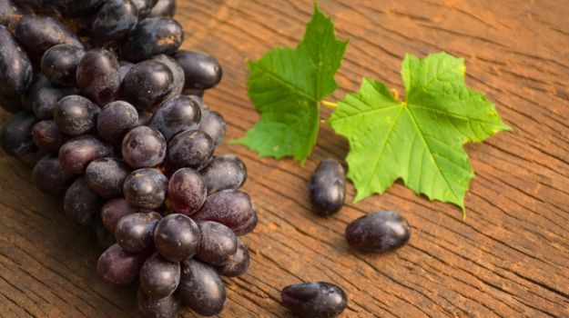 9+Amazing+Black+Grapes+Benefits:+From+Heart+Health+to+Gorgeous+Skin - NDTV