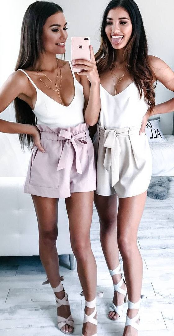 crazy way of mixing high waist shorts with strappy heel end