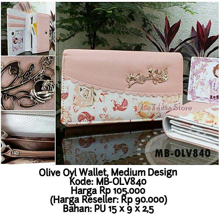 Olive Oyl Wallet, Medium Design Kode: MB-OLV840 Harga Rp 105.000 (Harga Reseller: Rp 90.000) Bahan: PU Leather Ukuran: 15 x 9 x 2,5 cm Berat: +- 200 g Interior: 5 slot kartu 1 tempat uang kertas 1 tempat uang logam 4 ruang ekstra