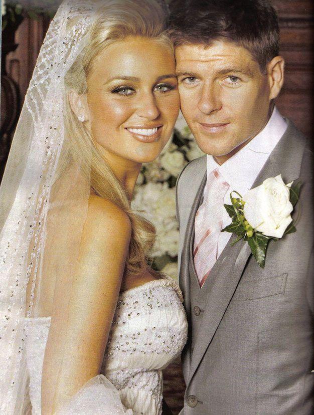 Steven Gerrard,  marié depuis 2007 avec Alex Curran,
