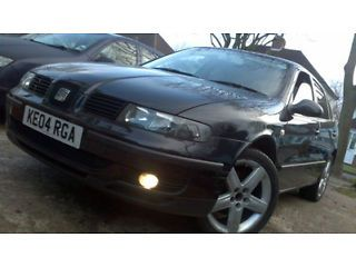 2004 SEAT LEON TDI S BLACK LONG MOT SERVICE HISTORY Perry Barr Picture 1