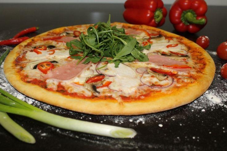 Пицца Капричоза - нужно обязательно попробовать! http://elitavkusa.ru/pizza-geleznodorogniy/kaprichoza.html  Доставим Вам вкусняшки быстрее чем за 60 минут по Железнодорожному🚀  👌Вкус удовольствия - оторваться невозможно!👌