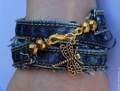 Купить Джинсовый браслет - джинса, браслет на руку, лето, пляж, браслет с подвесками, джинсовый стиль