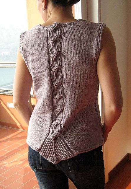 Twisted Rib cable tank - I don't think i like that sort of square at the start of the ribbing - free pattern by Angela Hahn