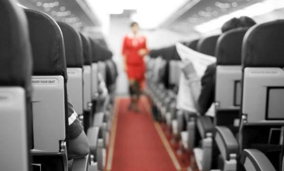 Las diez quejas de las azafatas sobre los pasajeros, según confesión de una de ellas combinando esas cosas que no soporta con el sentido del humor.