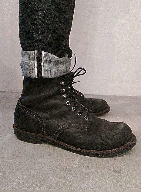 Red Wing Iron Rangers 8814.