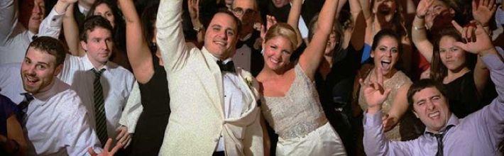 Hudba na svatbu od A do Z, aneb Váš svatební DJ