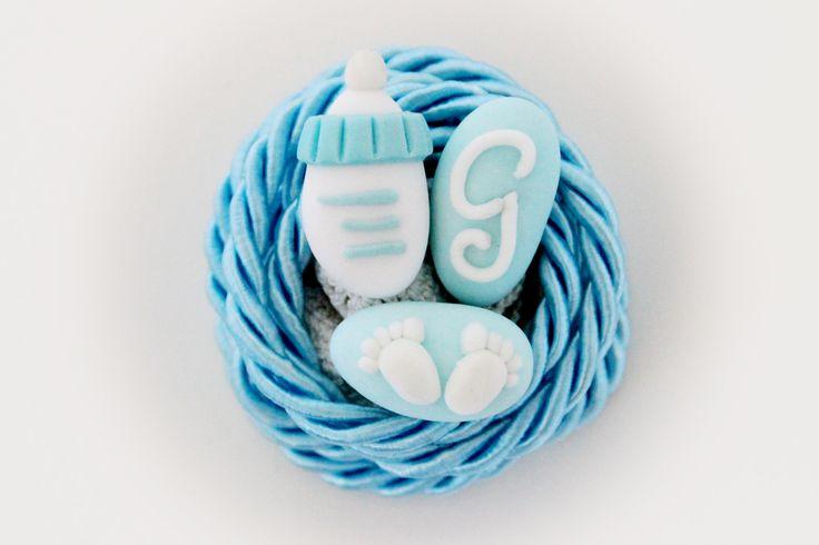 Confetti decorati a mano con pasta di zucchero