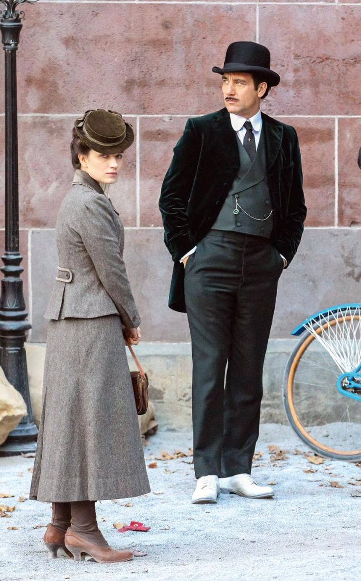Eve Hewson and Clive Owen in The Knick