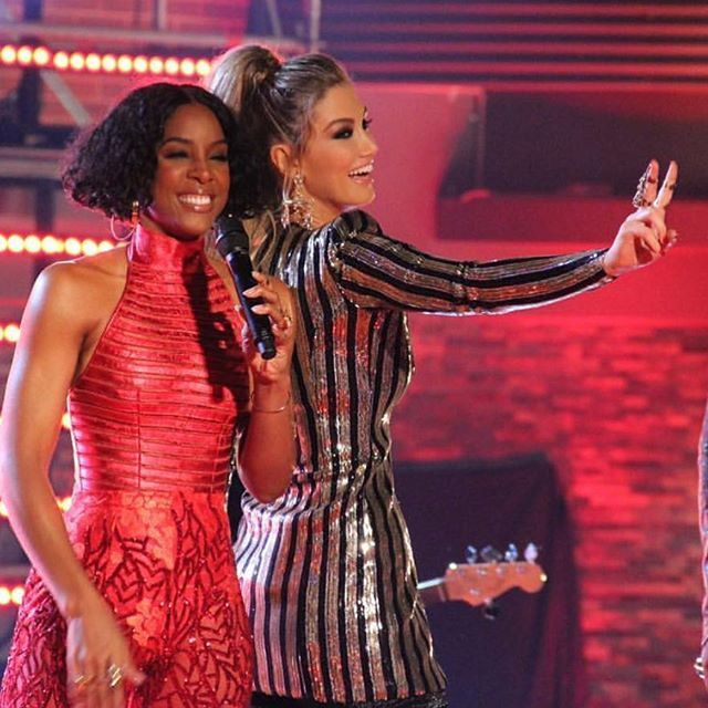 #WegotThis @kellyrowland ❤✌So thankful for this beautiful woman joining our voice fam!!!⚡️ @thevoiceau it's going to be FUNNNN! Xo who saw the sneak peek last night? Xo dress is @_zhivago_ jewels @houseemmanuele