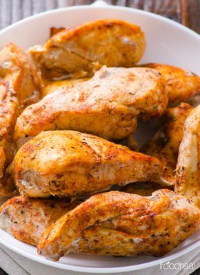 Pollo Cajun al horno (Salsa: pimentón dulce y picante, cebolla, ajo, orégano, albahaca, comino, tomillo, pimienta blanca y negra)