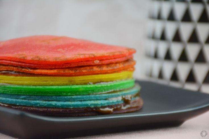 Rainbow crêpes cake (gâteau de crêpes arc-en-ciel)