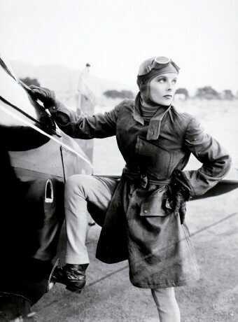 aviatrice Katharine HEPBURN actrice