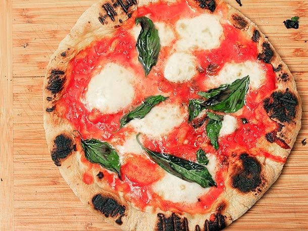 Skillet Neapolitan Pizza from Serious Eats (http://punchfork.com/recipe/Skillet-Neapolitan-Pizza-Serious-Eats)