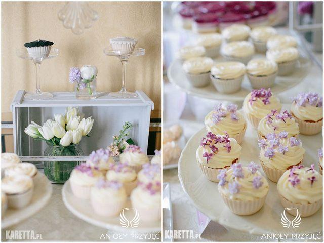 Lilac Wedding,Sweet table decoration,Wooden box | Wesele z bzem,Dekoracje słodkiego stołu,Drewniana skrzynka,Anioły Przyjęć