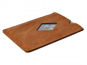 Engraved and personalised exentri city card holder and made of leather used to store bank notes and a bunch of cards. Visit We Get Personal to order today. personalised card holder, engraved card holder, Exentri City Wallet