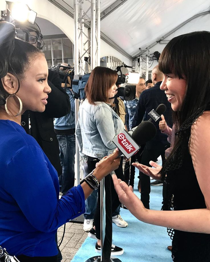 One of my favourite moments today was chatting with @etalkctv's @tracimelchor today at #wedaytoronto2017.  I'm so glad she's back in entertainment action again!