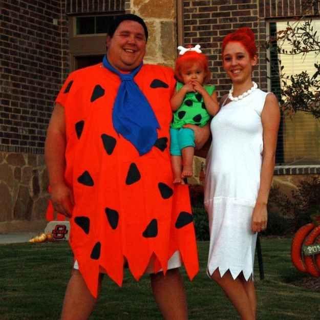 fred wilma and pebbles flintstone 22 best iconic tv costumes for halloween - Flinstones Halloween