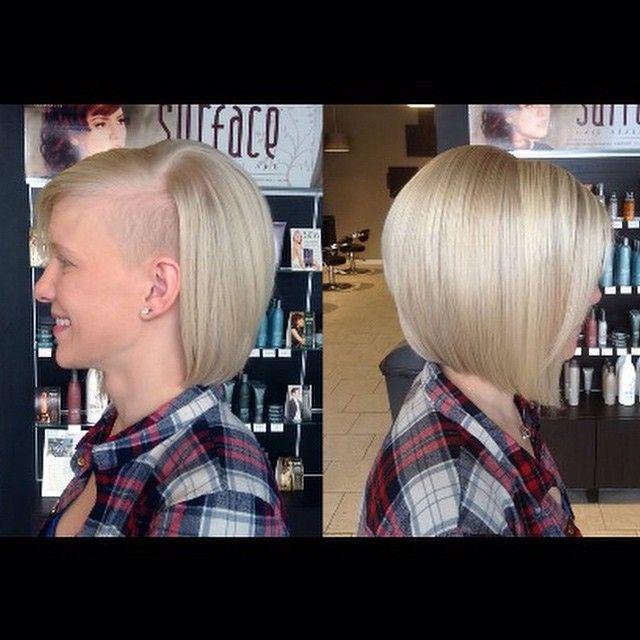 capelli tagliati abbastanza corti