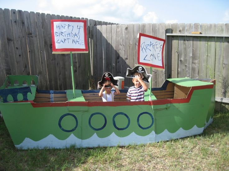 Cardboard pirate ship...I used this as a basic pattern but I had to downsize mine to fit in the playroom.Hobbies Farms, Cardboard Boxes, Pirate Ships, For Kids, Pirates Parties, Boxes Ideas, Cardboard Pirates Ships, Handmade Gifts, Acre Hobbies