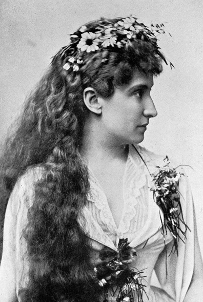 """Dame Nellie Melba GBE (19 May 1861 – 23 February 1931), born Helen """"Nellie"""" Porter Mitchell, was an Australian operatic soprano. She became one of the most famous singers of the late Victorian Era and the early 20th century. She was the first Australian to achieve international recognition as a classical musician."""