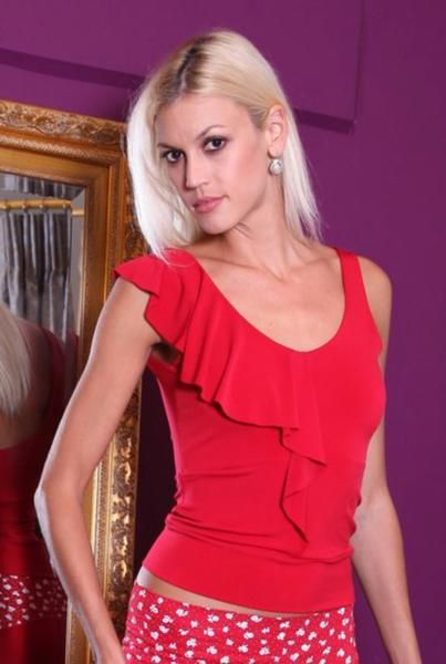 conDiva Jersey Tango Top with Ruffles  ruffled top in red - available in many colors!