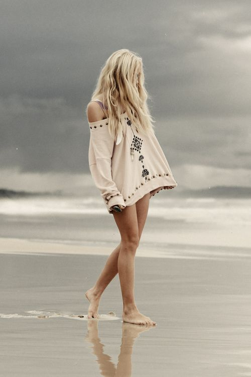 beach boho style: At The Beaches, Beaches Hair, Walks, Shirts, Coverup, Over Sweaters, Beaches Girls, Beaches Style, Covers Up