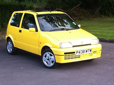 FIAT CINQUECENTO SPORTING 1.1 IN RACING YELLOW