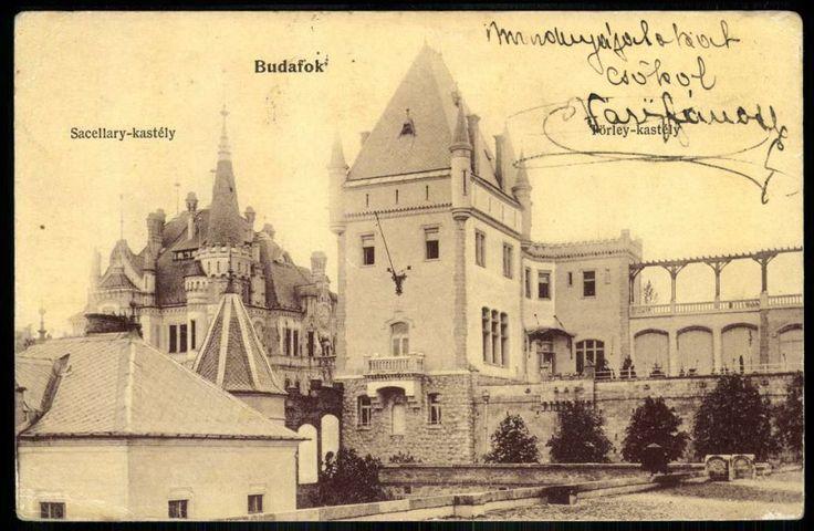 Előtérben a Törley-, mögötte a Sacelláry-kastély (Budafok) - Forrás: postcards.hungaricana.hu