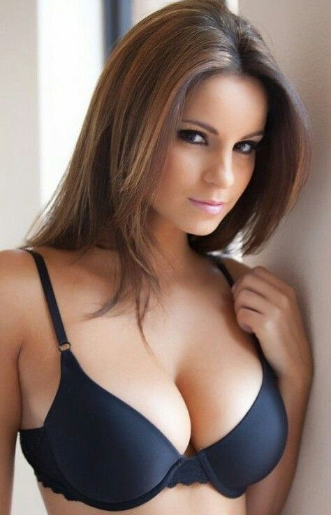 Sexiest females in the world naked photo
