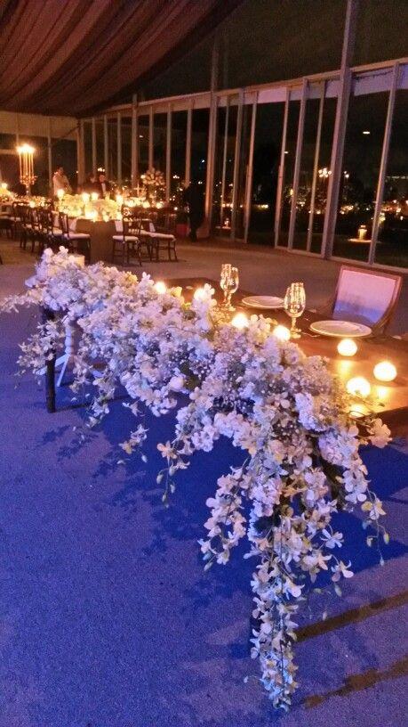 Galeria Floral / Mesa de Novios con orquideas y alelis