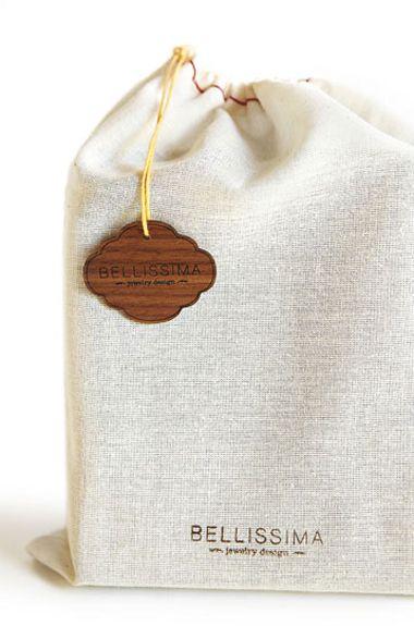 etiqueta de madera