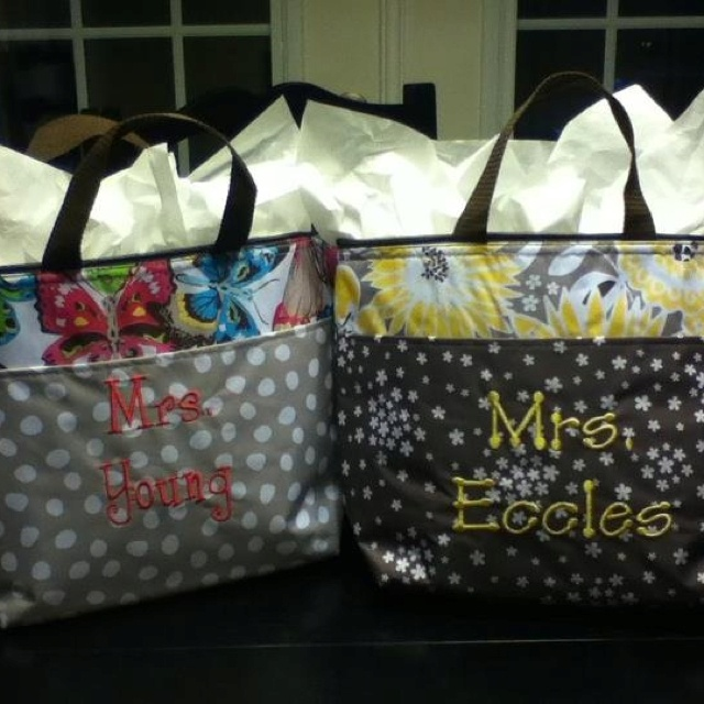 Thirty-One Thermal Tote ... makes a great gift bag! Great for teachers! All the teachers in my school have them! Shows just how useful they are!
