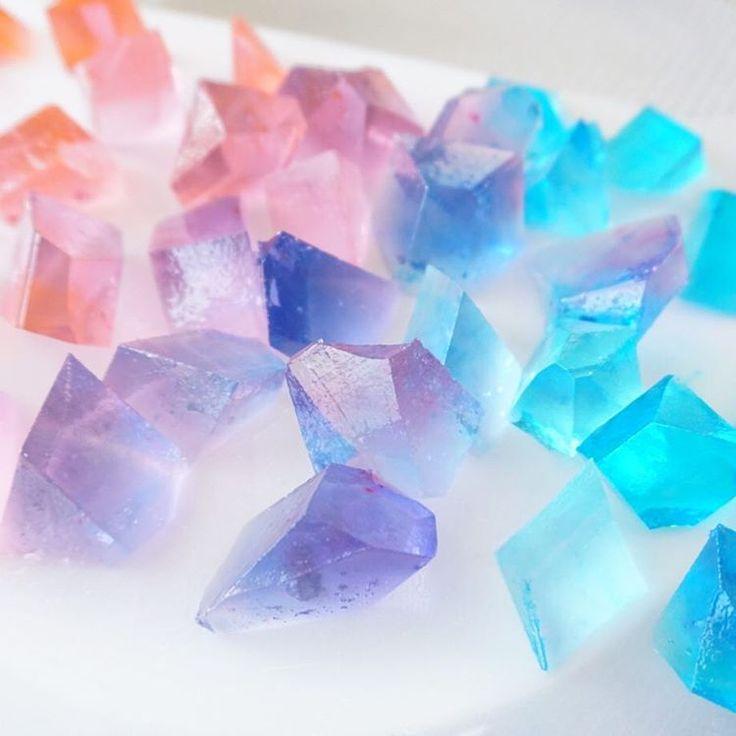 超可愛い♡キラキラの宝石お菓子『琥珀糖』作りが大ブーム! |