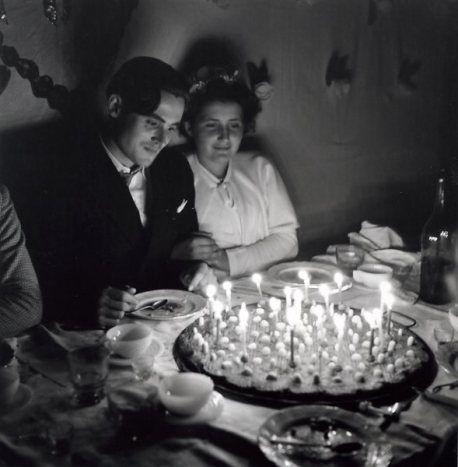 DOISNEAU Robert, Les jeunes mariés, Saint Sauvant, photographie, 1951