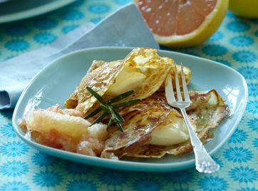 Pandekager med citruskompot