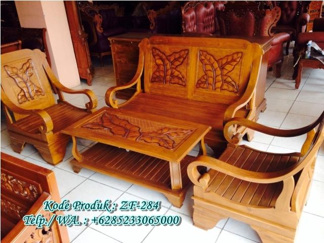 Set Kursi Tamu Jati Jepara Motif Daun Set Kursi Tamu Jati Jepara Motif Daun merupakan sebuah produk yang sangat dibutuhkan dalam sebuah furniture ruang tamu rumah karena dengan adanya Set Kursi Tam…