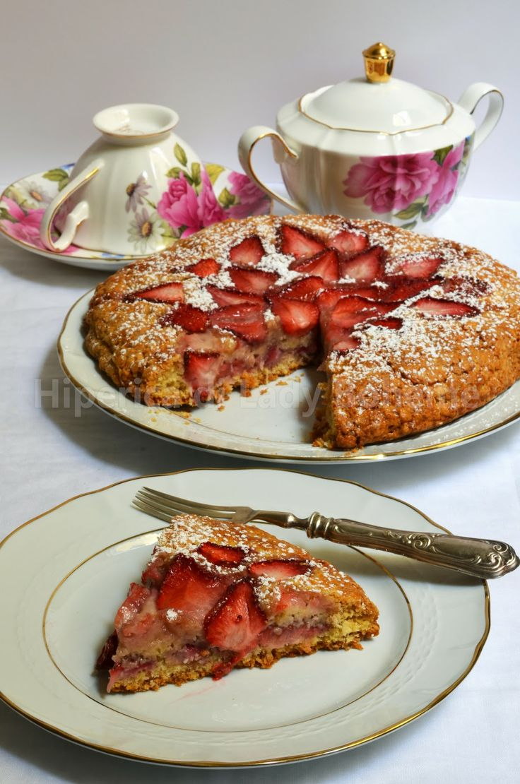 ITALIAN FOOD - CROSTATA DI FRAGOLE (Strawberry tart)