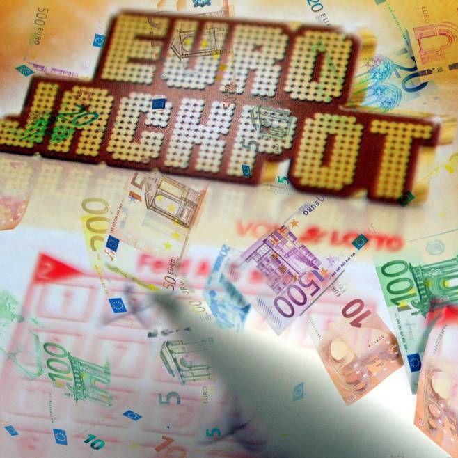 http://www.bild.de/news/inland/eurojackpot/nordrhein-westfalen-knackt-den-eurojackpot-45502608.bild.html
