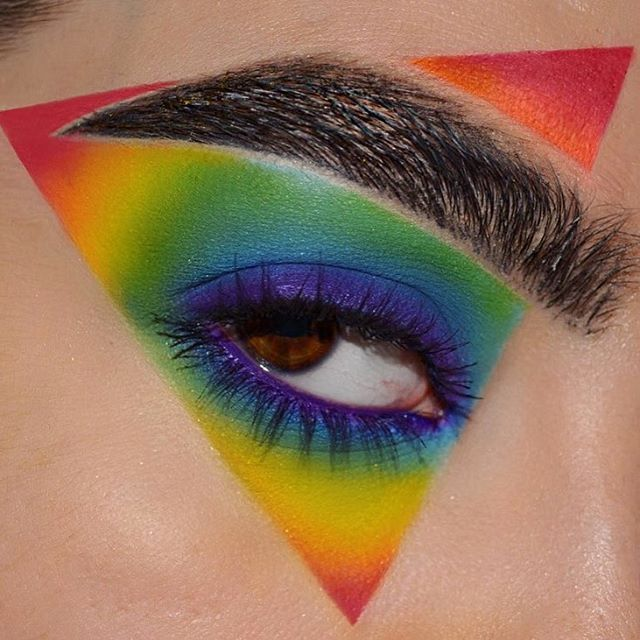 WEBSTA @ alexalink - Day 250 of the #1000daysofmakeup! I used the @meltcosmetics Radioactive Stack, and @sugarpill Love , Velocity, Mochi,
