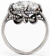 Lalique pour Boucheron. Ring