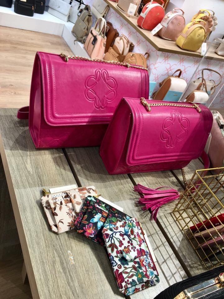 New collection SS 2018  Stay tuned... 💕Soon online💕  #shoes #bags #accessories #jewellery ! #fashion #fashionstyle  #shoebizz #ss18collection  #shoebizzworld #shoebizzsignature #shoebizzladies #shoebizzlovers •Θα τις βρείτε στο κατάστημα μας, ,Αθ.Διακου 2 , Λαμια🔝🔝 •Για παραγγελίες: ☎️☎️Τηλ.Επικ:22310-24421 •Ή με inbox📩📩 •online > www.shoebizz.gr