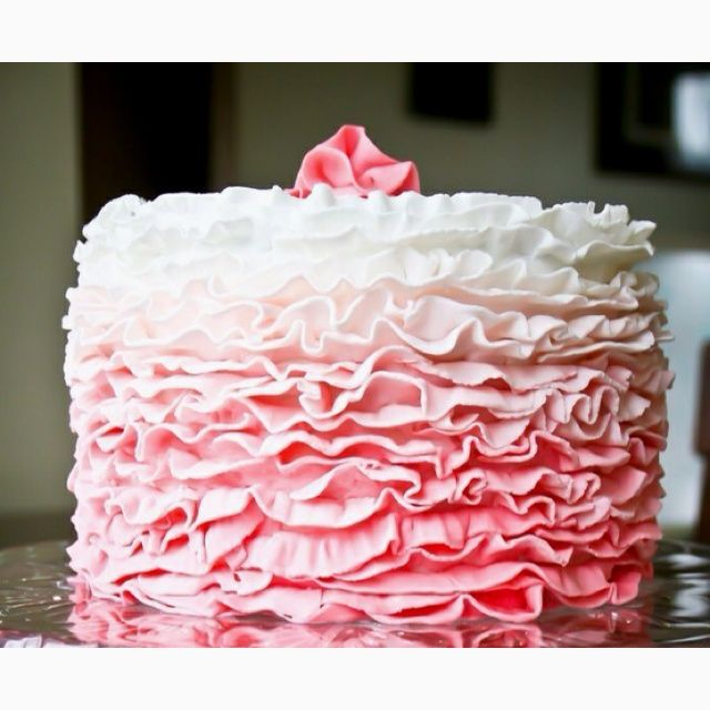25+ best ideas about 20th Birthday Cakes on Pinterest ...
