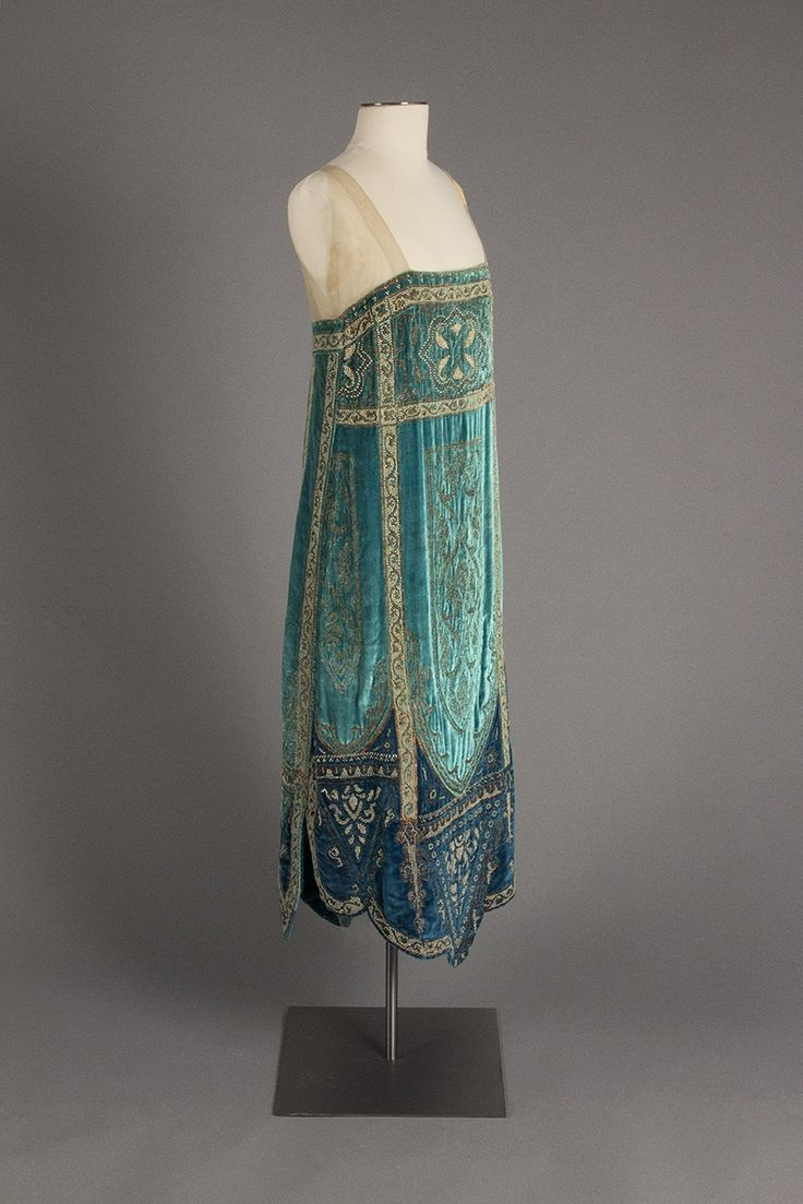 Callot Soeurs evening dress ca. 1926 From the Robert and Penny Fox Historic Costume Collection at Drexel University